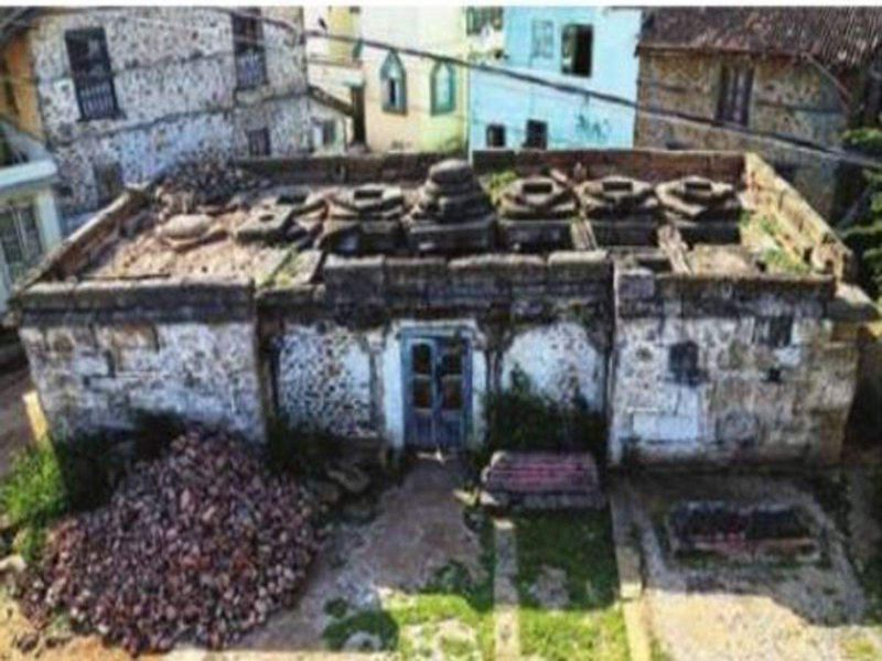 The old Barwada Mosque is not a heritage site, so no funds have gone towards its preservation.