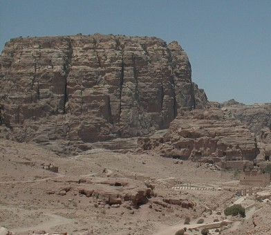 There are ruins of a small Edomite village on top of Um al Biera. It was once thought that this mountain was ancient Sela, but excavations have proven that this is not the case, and Sela has now been located close to Al Busheira, farther north of Petra.